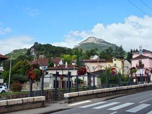 St Quentin